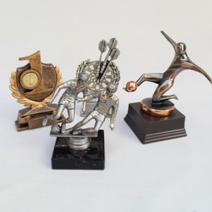 Statuetter og Pokaler uden motiv